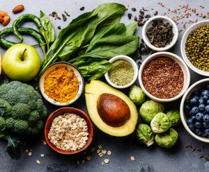 erilaisia terveellisiä ruoka-aineita