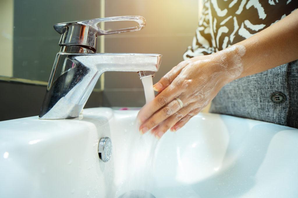 kuvituskuva käsienpesusta